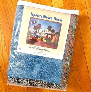Mickey and Minnie Mouse Picnic Throw